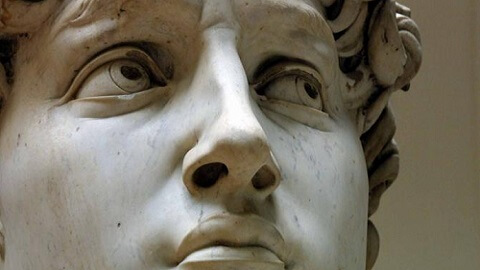 Regard du David de Michelangelo