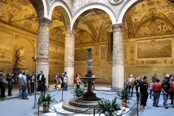 court-interieure-palazzo-vecchio